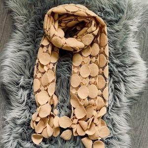 Fashion scarf / shawl